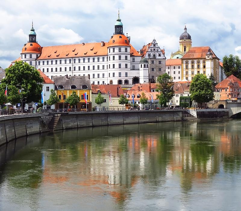 AvJS Personalvermittlung – Neuburg an der Donau Burg